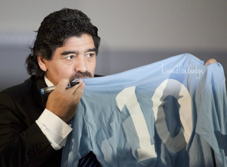 kissthebadge_maradona1