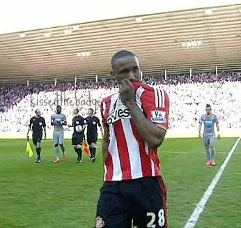 1428249491228_lc_galleryImage_Defoe_goal_Sunderland_v_N